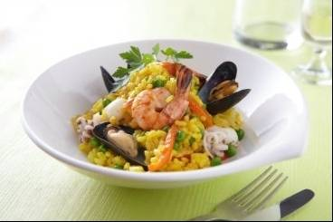 https://www.atelierdeschefs.com/media/courslive3-b736-paella-poulet-et-fruits-de-mer.jpg