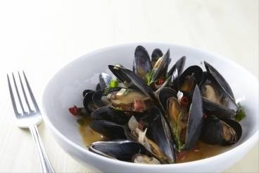 Steamed mussels with chorizo and sherry