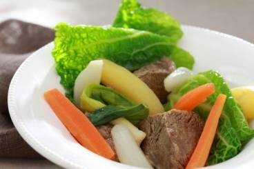 https://www.atelierdeschefs.com/media/recette-d12859-pot-au-feu-traditionnel.jpg
