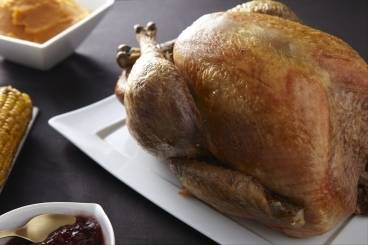 https://www.atelierdeschefs.com/media/recette-d13275-dinde-de-thanksgiving.jpg
