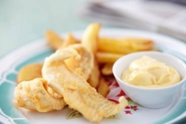 https://www.atelierdeschefs.com/media/recette-d14136-fish-and-chips.jpg