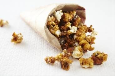 https://www.atelierdeschefs.com/media/recette-d14335-pop-corn-caramelise.jpg