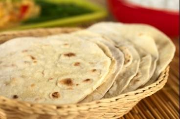 https://www.atelierdeschefs.com/media/recette-d17314-chapati-indienne-pain-traditionnel-indien.jpg