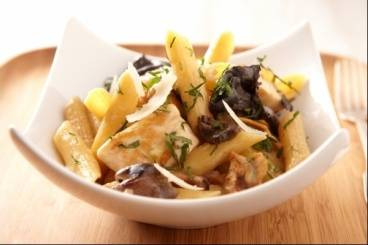 Pastasotto with chicken, wild mushrooms and truffle oil
