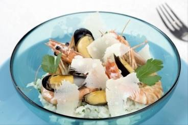 https://www.atelierdeschefs.com/media/recette-d17949-risotto-aux-fruits-de-mer.jpg