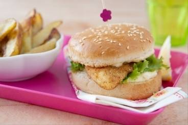 https://www.atelierdeschefs.com/media/recette-d20214-fishburger-et-potatoes.jpg