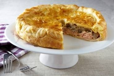 Smoked salmon and endive pie Recipe