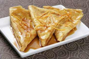 https://www.atelierdeschefs.com/media/recette-d2156-crepes-suzette-au-grand-marnier.jpg