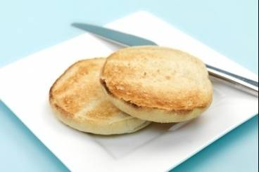 https://www.atelierdeschefs.com/media/recette-d22224-english-muffins.jpg