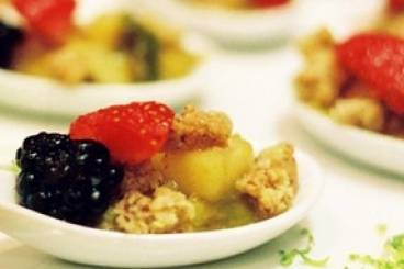 https://www.atelierdeschefs.com/media/recette-d22525-crumble-de-fruits-d-automne-au-sirop-d-erable.jpg