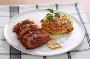 Glazed duck breast with potato and Jerusalem artichoke galette