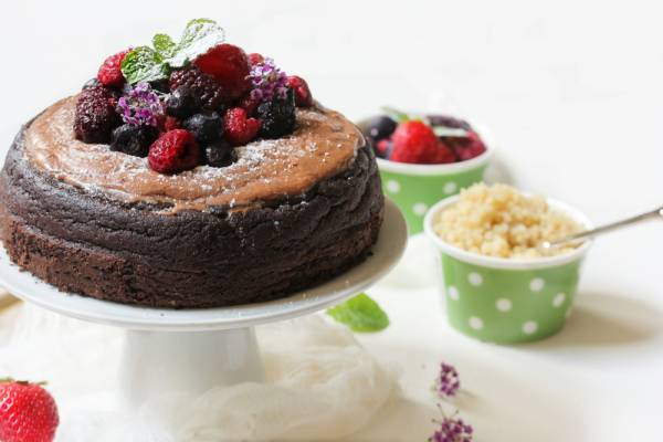 Spicy Chocolate and Quinoa Cake