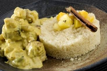 Colombo pork with tropical fruits and fine semolina