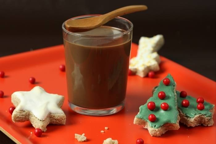 Christmas sablé biscuits with spiced hot chocolate Recipe