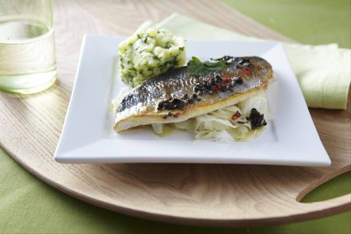 Pan-fried sea bream with wilted fennel and black olive salsa Recipe