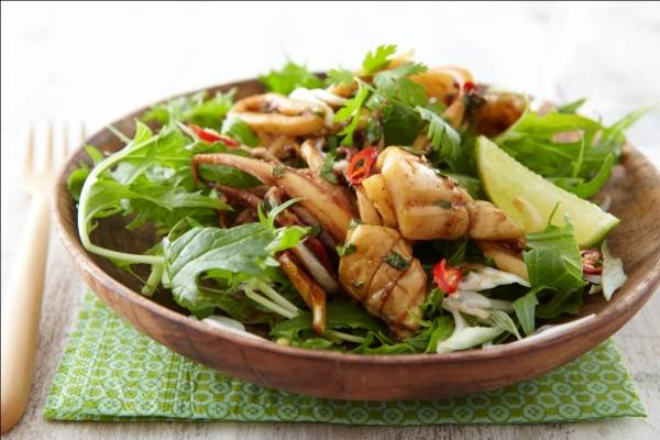 Stir fried baby squid with chilli, soy and a mizuna salad Recipe