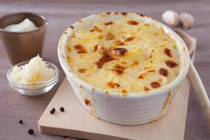 recette de gratin de pommes de terre la dauphinoise. Black Bedroom Furniture Sets. Home Design Ideas