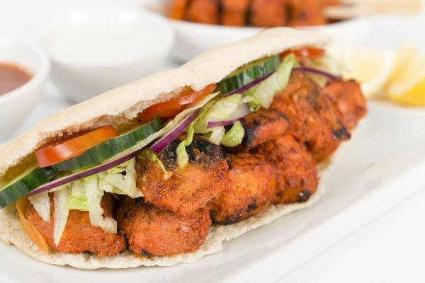 Chicken Shawarma, Pitta Bread, Crispy salad & Yoghurt dressing Recipe