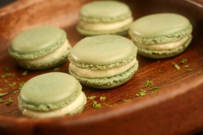 recette de macarons au citron vert et gingembre facile. Black Bedroom Furniture Sets. Home Design Ideas